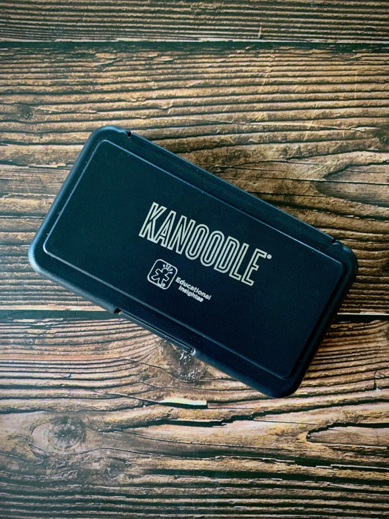 Tabletop Game Let's Play Kanoodle
